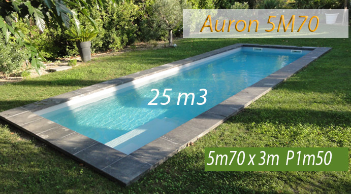 piscine coque fond plat en charente pour rochefort. Black Bedroom Furniture Sets. Home Design Ideas