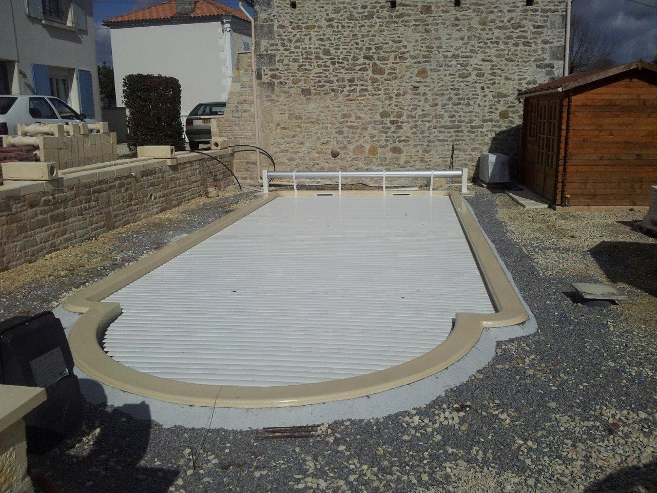 installalation de la piscine 9m50