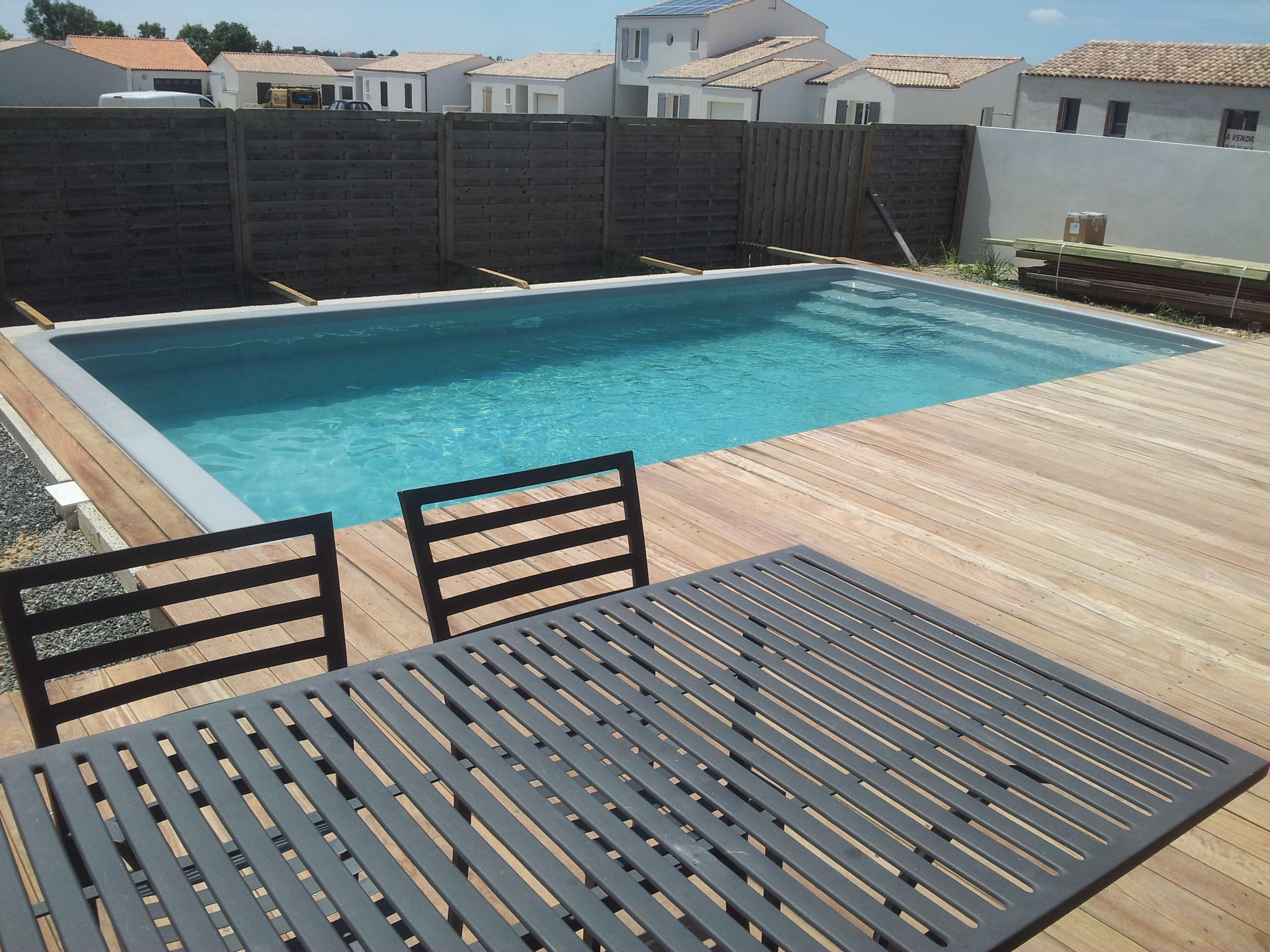 vente-piscine-coque-9m50-51m3-charente-maritime