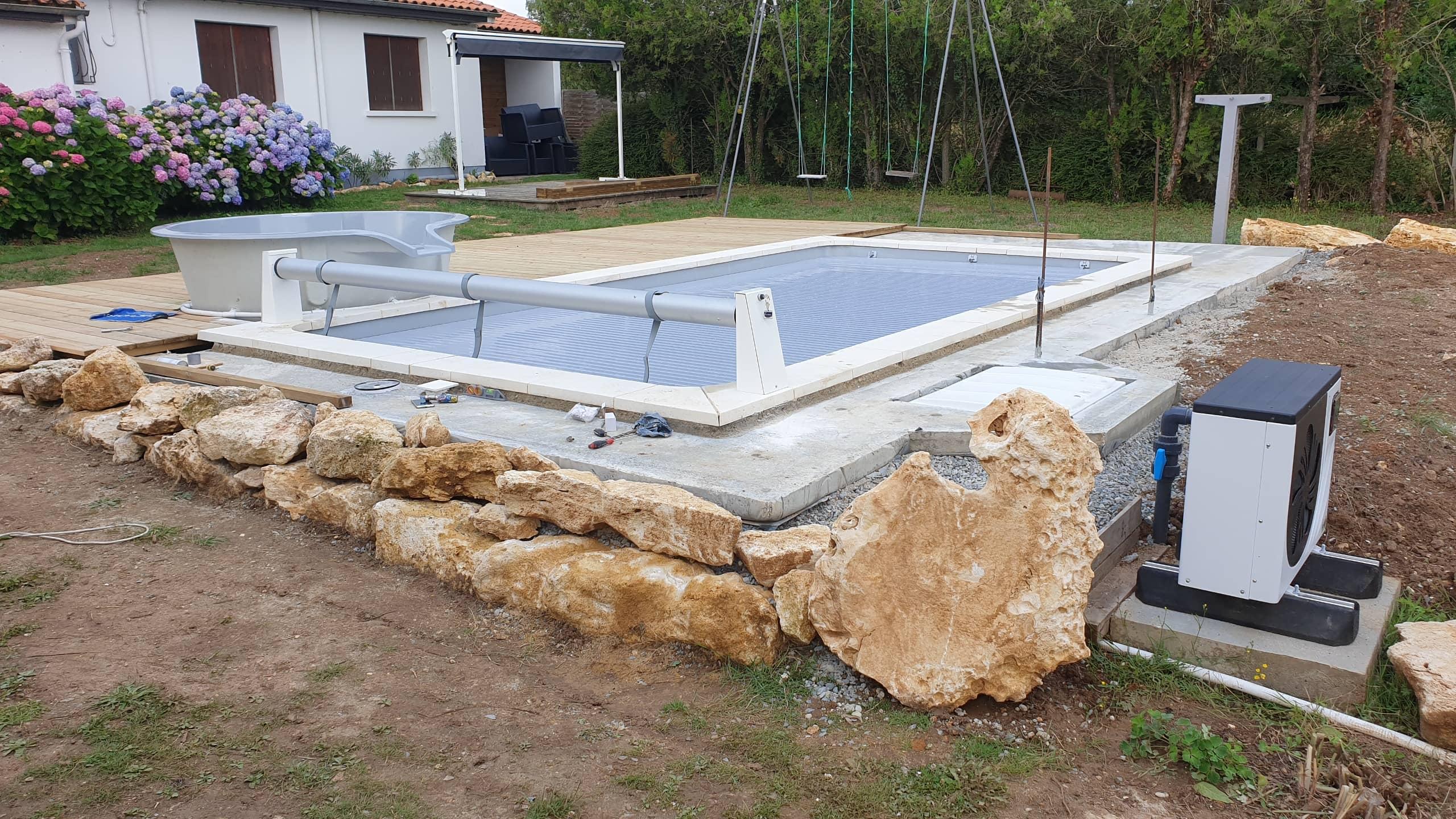 piscine coque avec spa